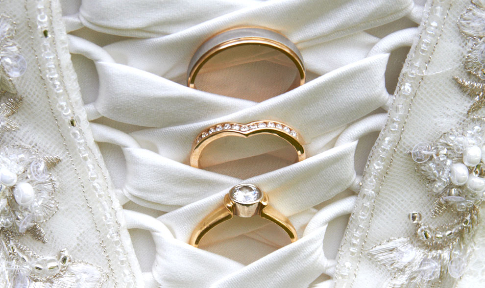 photo of wedding rings